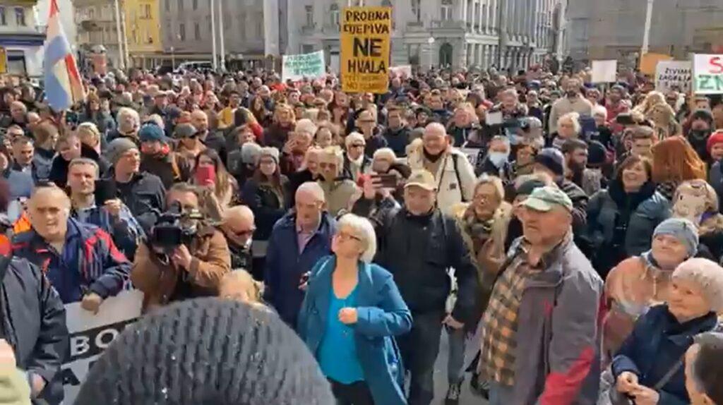 Prosvjedi u pet hrvatskih gradova protiv covid mjera: Ovo